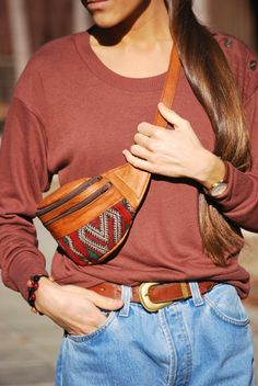 KILIM BUMBAG - GFM -giftsfrommorocco-morocco leather