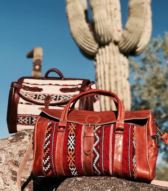 GFM Kilim Travel bag - GFM -giftsfrommorocco-morocco leather