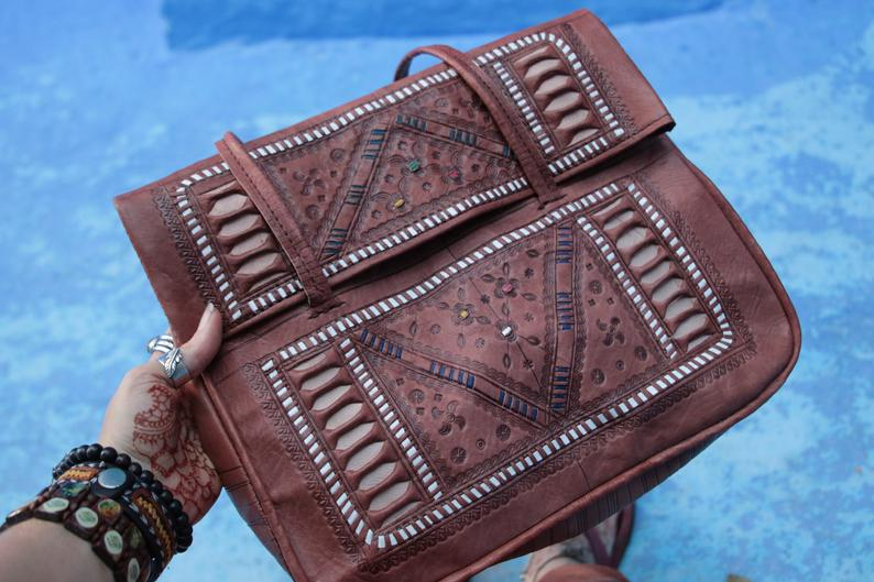 VINTAGE MOROCCAN LEATHER BAG - GFM -giftsfrommorocco-morocco leather