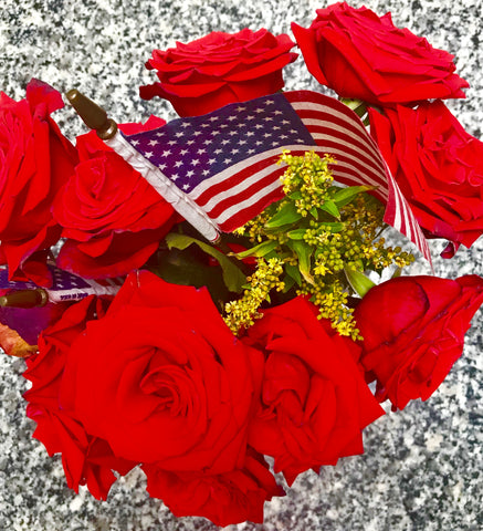 memorial day photo of red roses and american flag