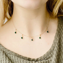 Load image into Gallery viewer, Emerald Cristal Choker Necklace - AR TodayCharm Jewelry Company