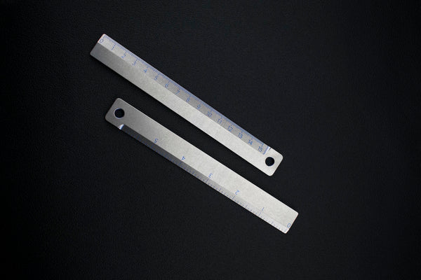 Two-sided Ti Ruler