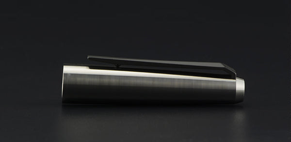 Razor Titanium Fountain Pen - Titaner