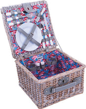 Picnic Basket - Gift Tree