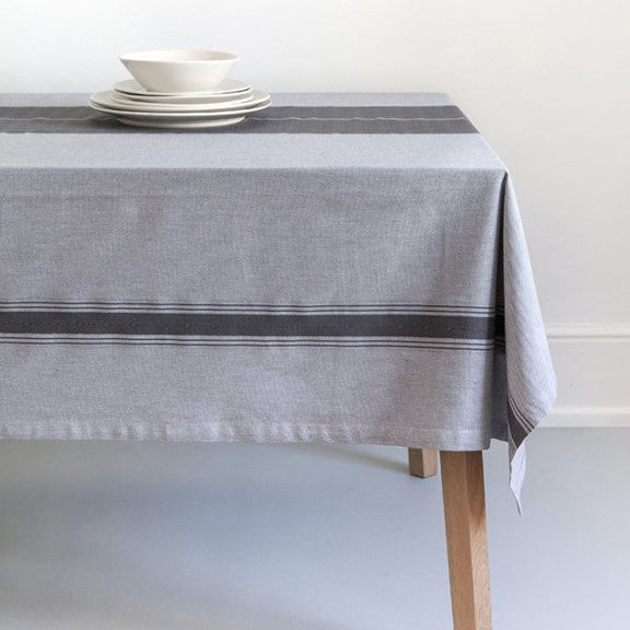 Otter Trail Tablecloth - Gift Tree