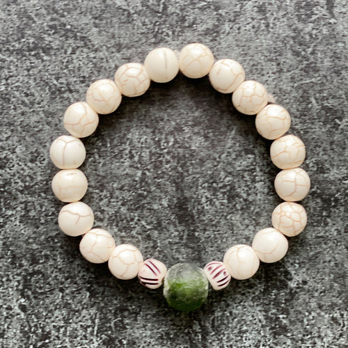 Cream and hunter green bracelet
