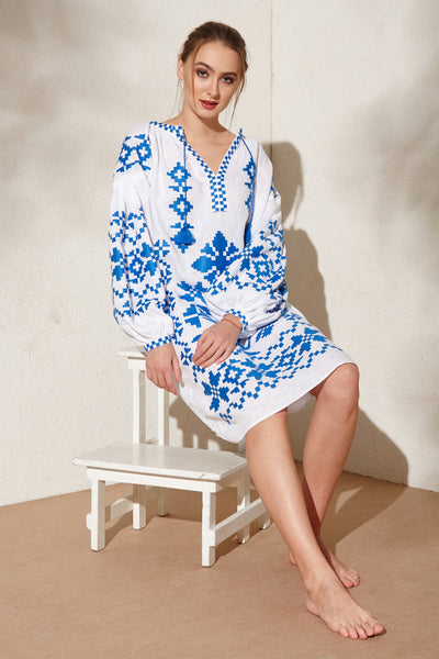 Blue-white Life Tree embroidered linen dress