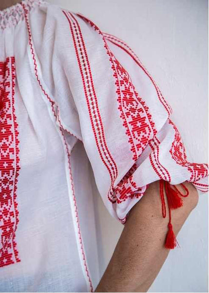 Traditional wooven by loom Romanian blouse