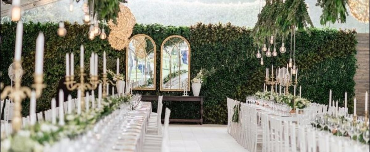 Temporary green walls are an excellent addition to event decor.