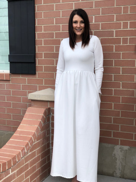 Melissa Temple Dress with pockets