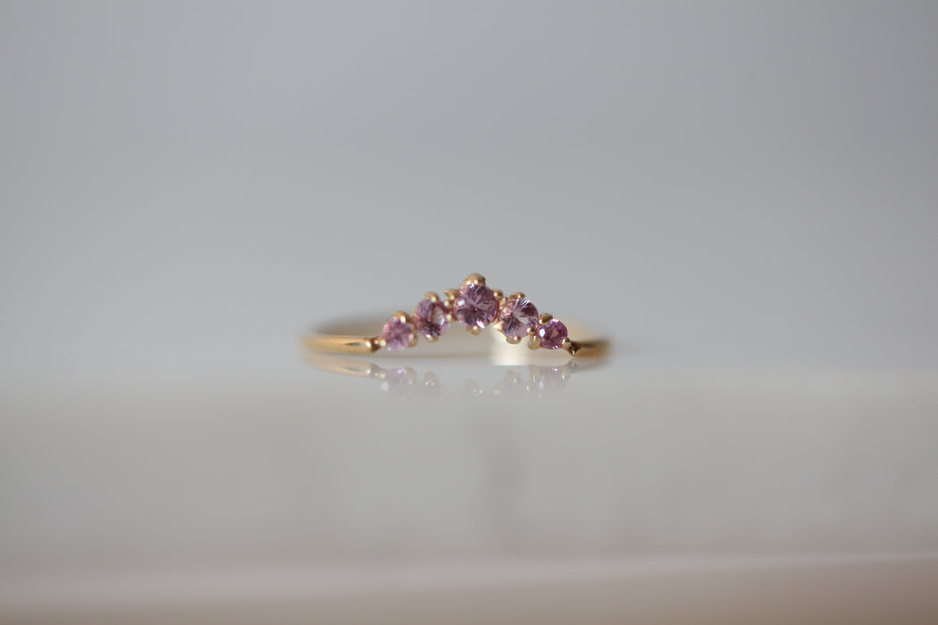 Ballerina Queen Ring