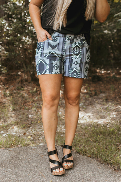 Jackpot Shorts (Black/Grey Serape)