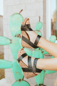 Hapuku Black Dyecut Wedges
