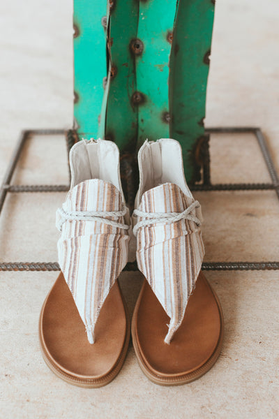 Very G Dakota Sandal (Cream)