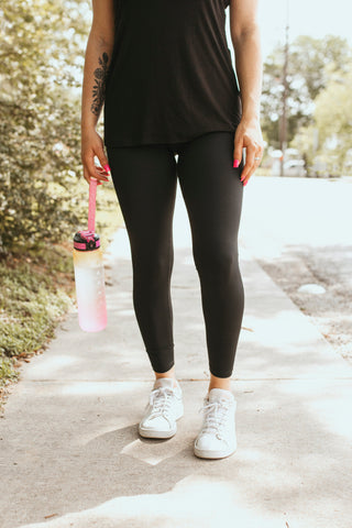 Stretch the Limit Leggings (Black)