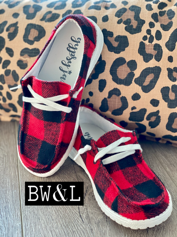 Buffalo Plaid Lace Up Sneaker (RED)