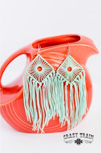 Day Dreamer Earrings- Mint