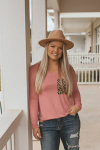 The Mcallen Cheetah Pocket Top (Dusty Rose)