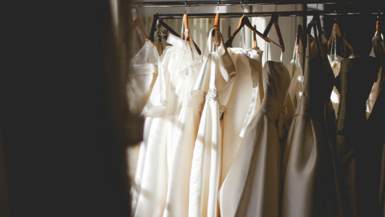 HOW TO CHOOSE YOUR PERFECT WEDDING DRESS IN 10 EASY STEPS