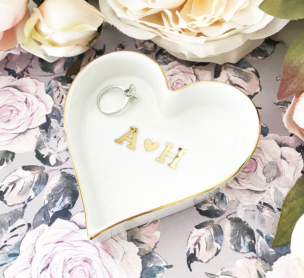 COUPLE MONOGRAM HEART SHAPED RING DISH