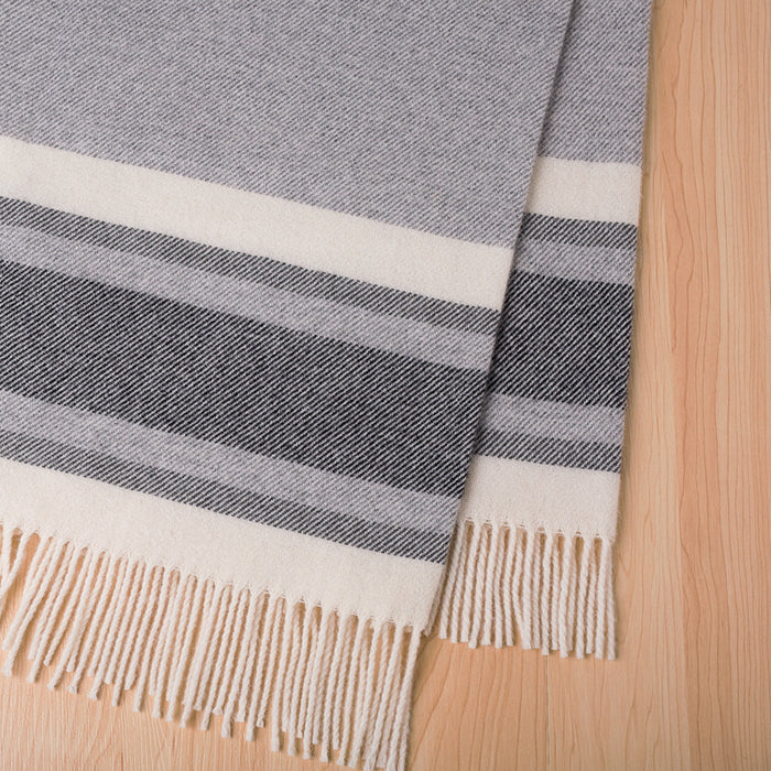 Ohope nz lambswool throw - Coal