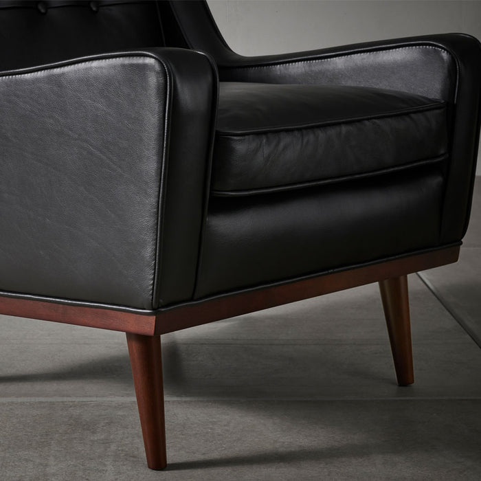 Cigar Armchair - Charme Black Leather - leg details