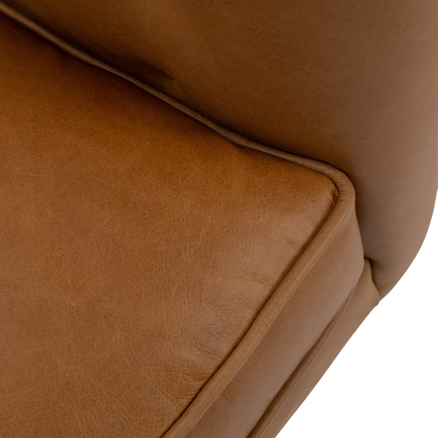 Yogi 3 seat sofa - Charme Russet - Seat piping detail