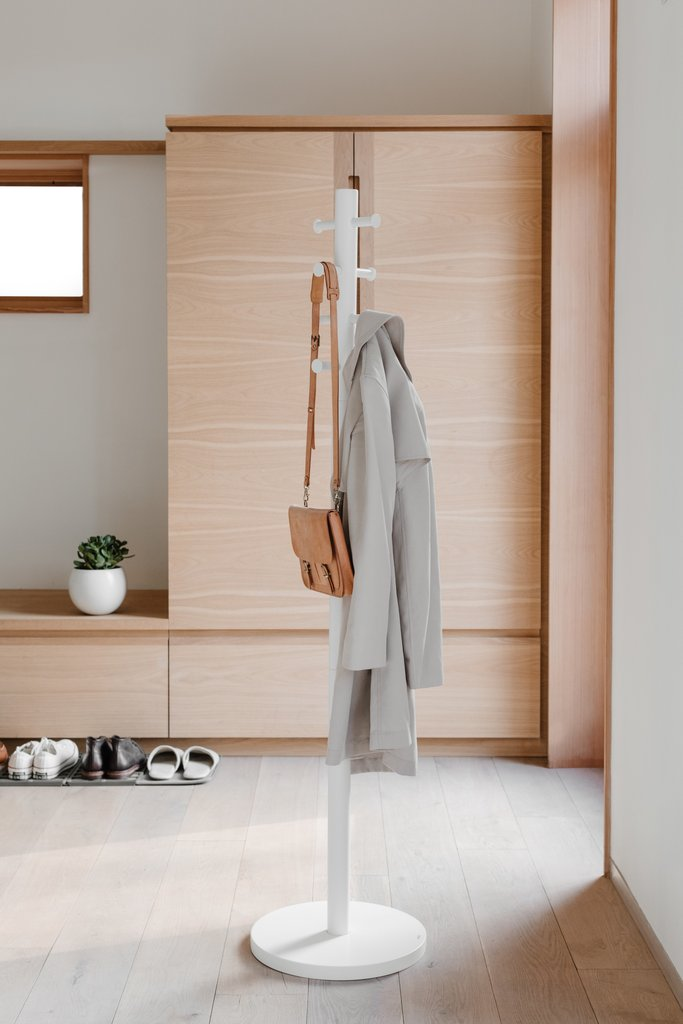 Umbra Pillar Coat Stand - White