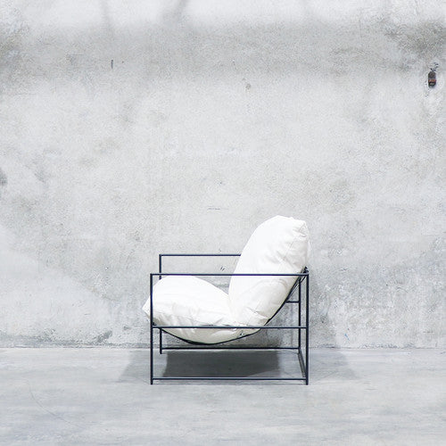 Laurel armchair - white