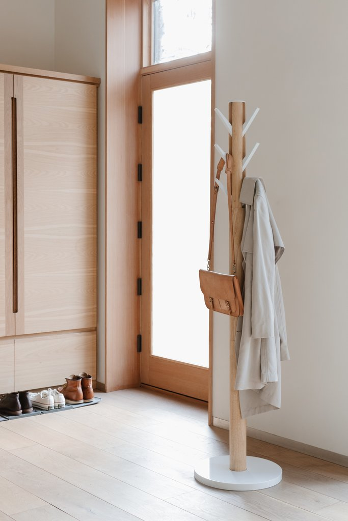 Umbra Flapper Coat Stand - natural