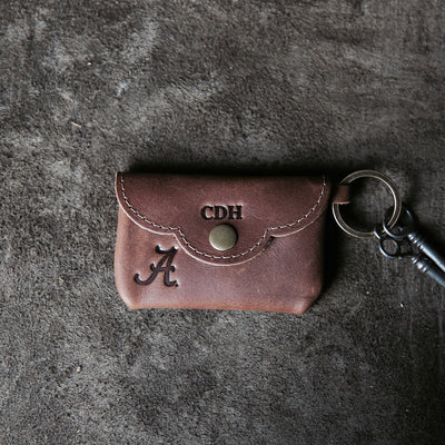 THE OFFICIALLY LICENSED ALABAMA Rosie Fine Leather Scallop Keychain Wallet