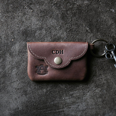 THE OFFICIALLY LICENSED AUBURN Rosie Fine Leather Scallop Keychain Wallet