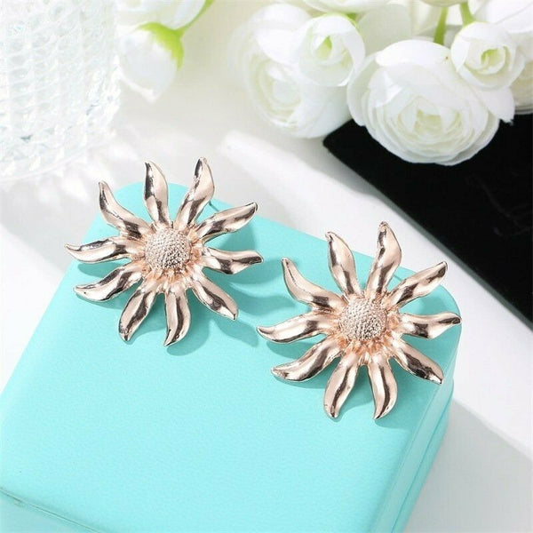 Lance Fashion Gold SunFlower Big Earrings Stud Women Party Statement Jewelry Gifts
