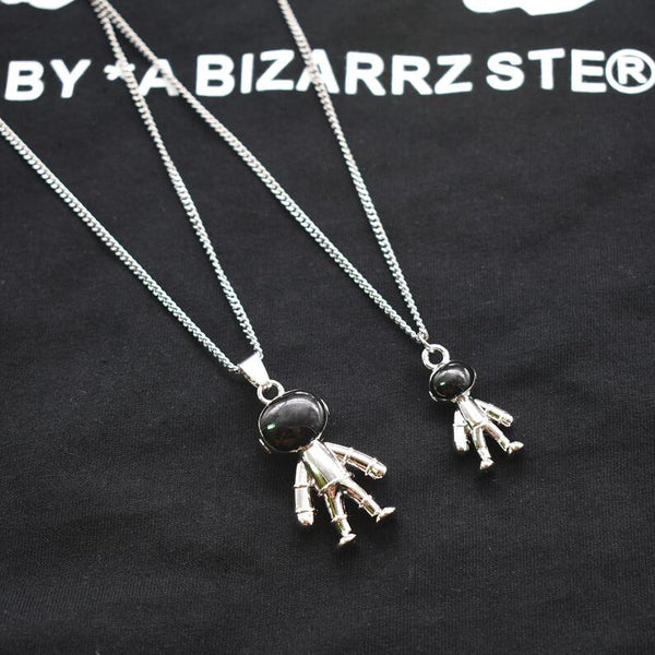 Lance astronauts necklace for men women lovers hip-hop personality street small neck sweater