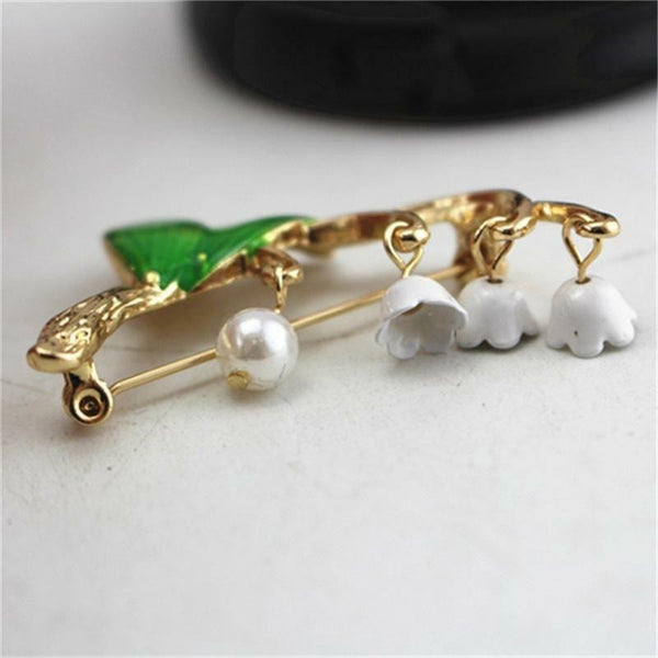 Lance Pearl Bell Slipper Lily of The Valley Flower Plant Pin Brooch Jewelry Movable