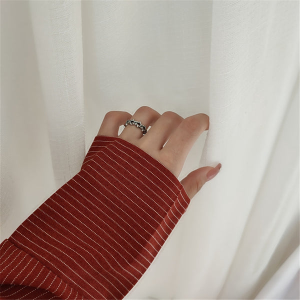 Lance Simple Retro Old Six Star Star Hollow Ring Metal Braided Dark Female Ring