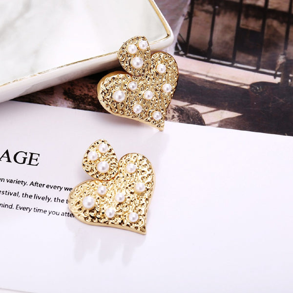 Lance European And American Pendant Earrings Creative Elegant Metal Gold Heart Inlaid Pearl Earrings