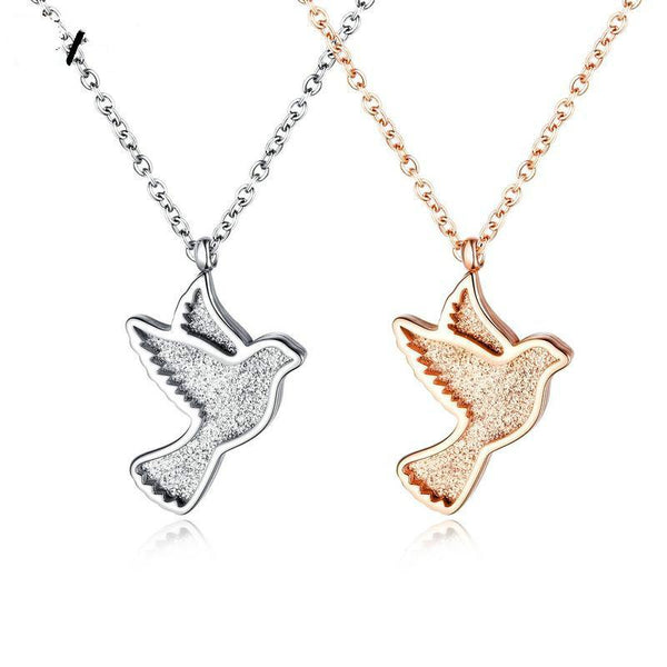 Lance Europe And The United States Stainless Steel Bird Lady Necklace Creative Classic Peace Dove Pendant