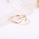 Lance Simple Waving Snake shaped Open Ring Wholesale Fashion Jewelry
