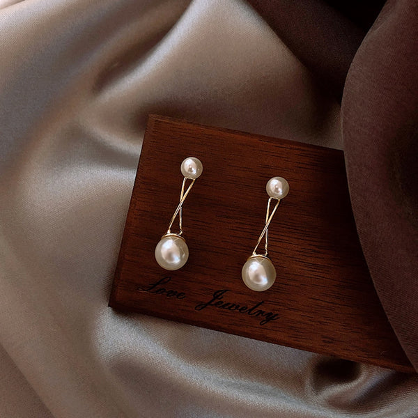 Lance Cross Pearl Earrings Female Metal Temperament Simple Earrings Personality Ladies Style Earrings Jewelry