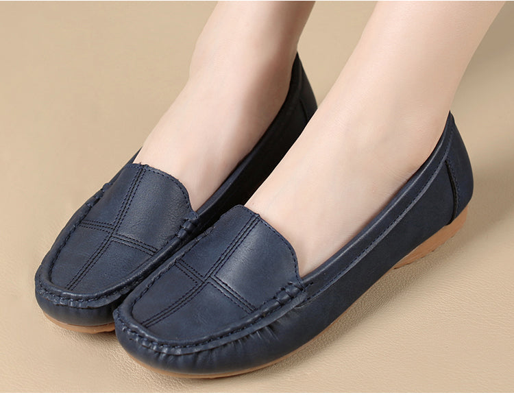 leather shoes middle-aged mother shoes Women Slip on Casual