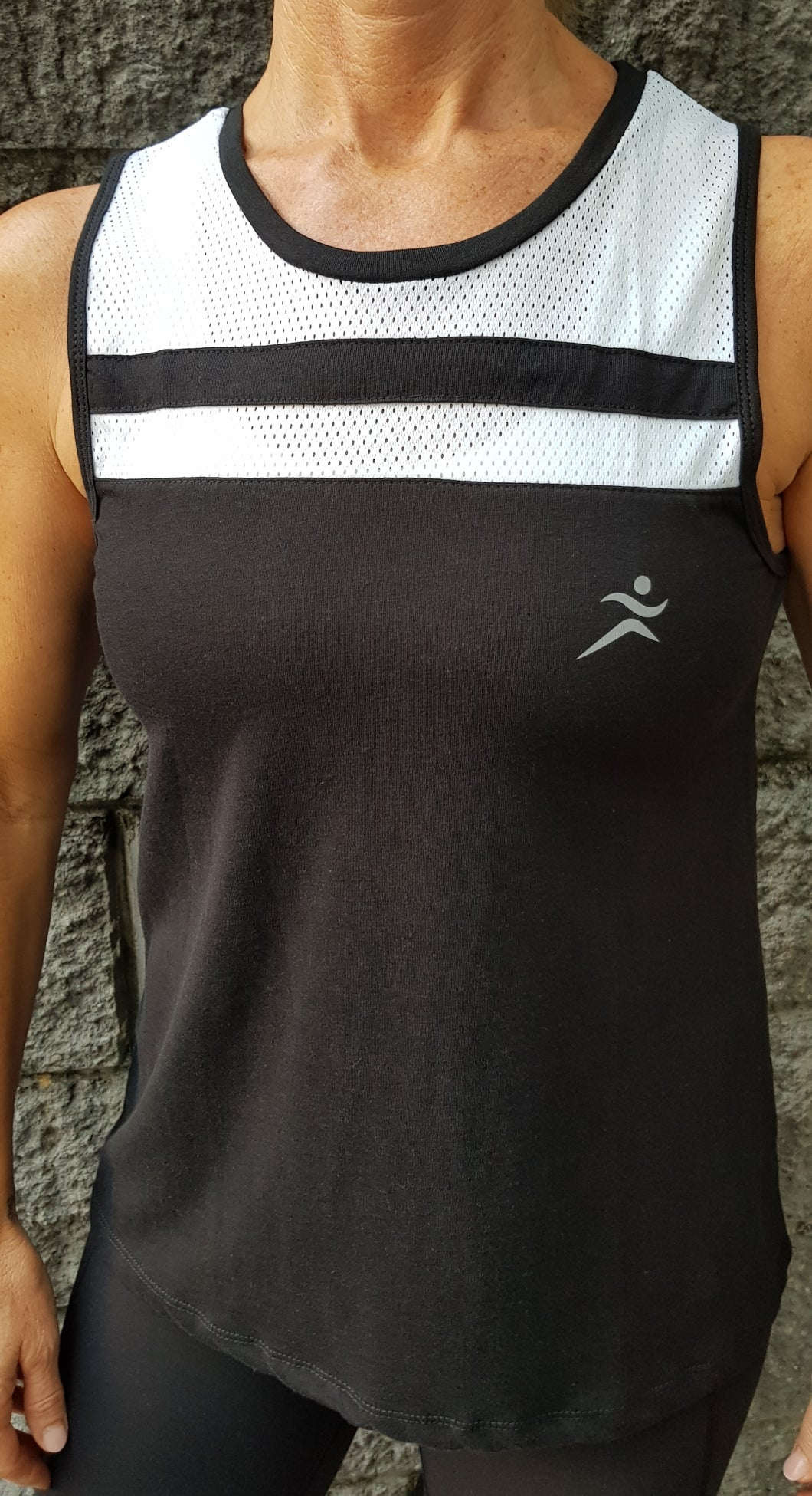 Gmaxx Double Mesh Tank. Black and White.