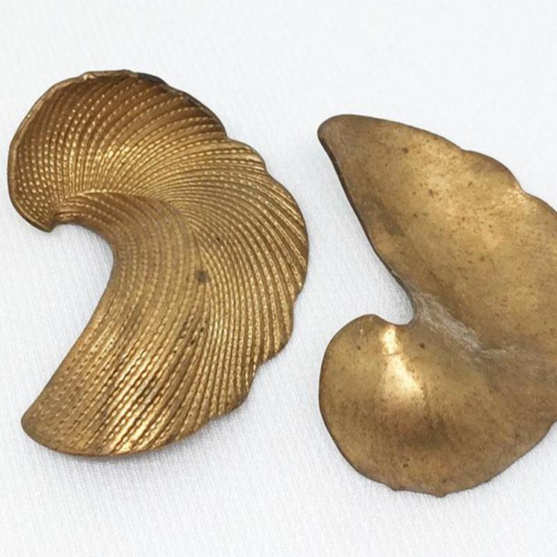 2 Vintage Textured Cast Brass Leaf Metal Findings