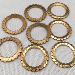 8 Vintage Brass Metal Spiral Split Rings