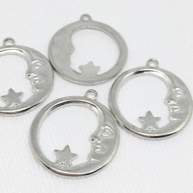 4 Vintage Shinny Silver Plated Moon Star Metal Pendants