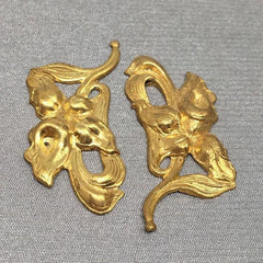 2 Vintage Brass Flower Metal Stampings