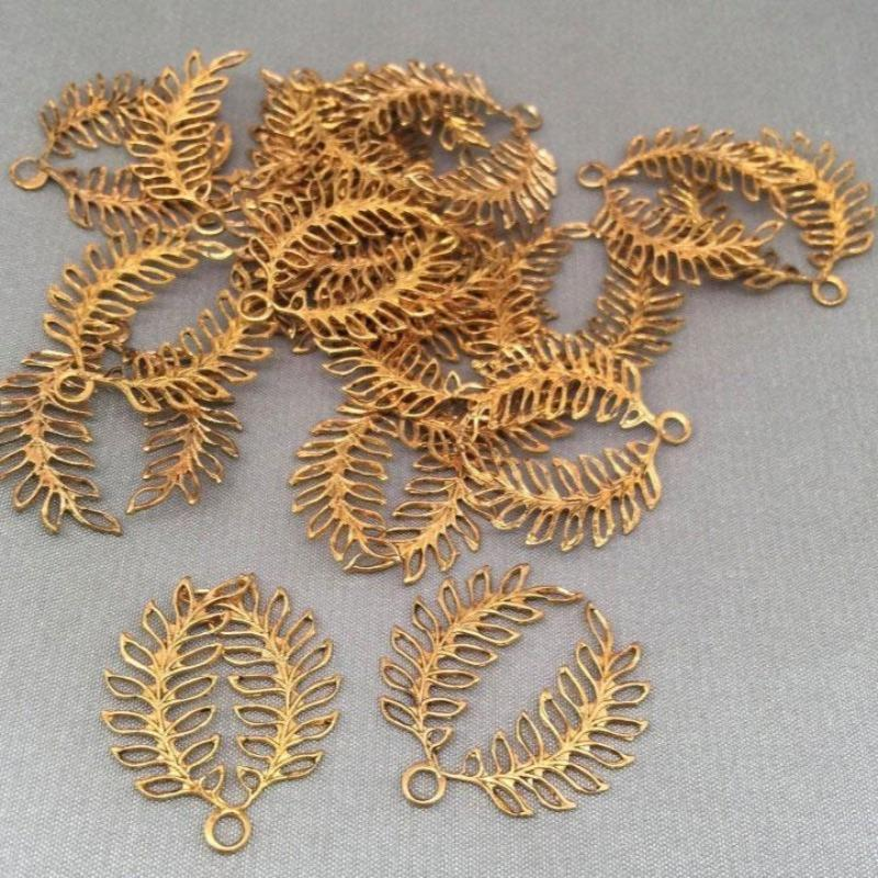 10 Vintage Double Feather Leaf Brass Charm Metal Pendants