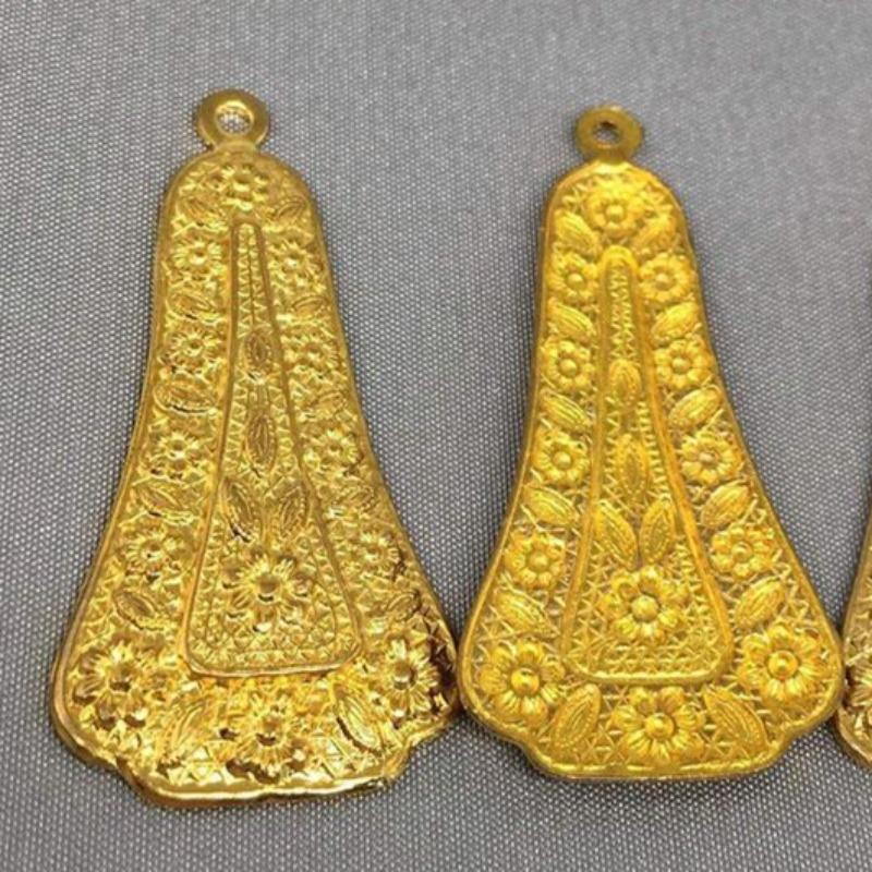 2 Vintage Brass Etched Floral Bell Metal Pendants