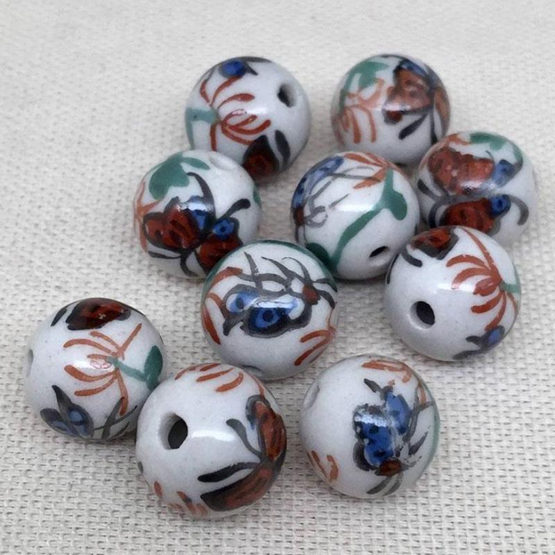 10 Vintage White Floral Butterfly Round Porcelain Beads