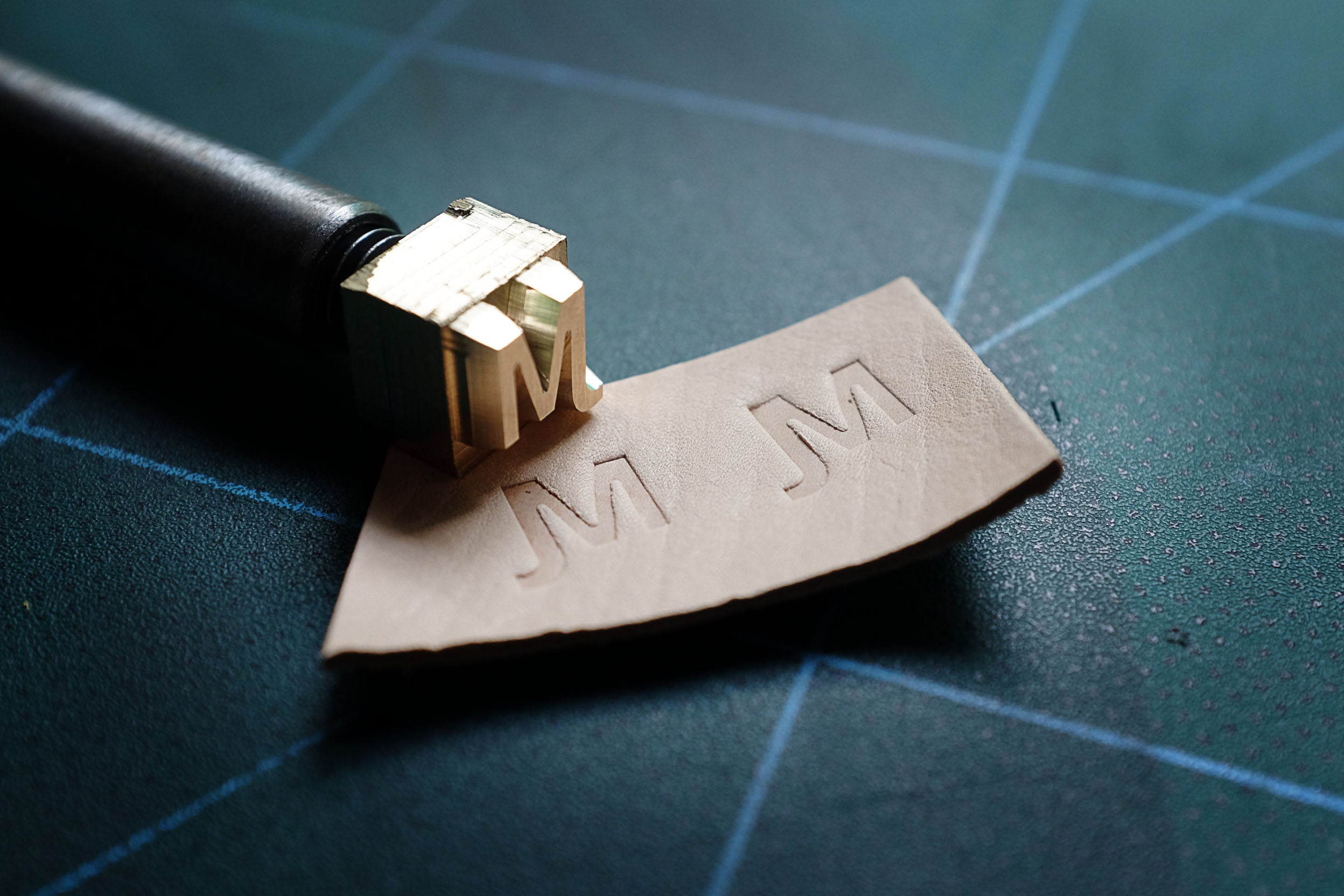 https://am-leathercraft.com/pages/custom-made-stamps-for-leather-gallery